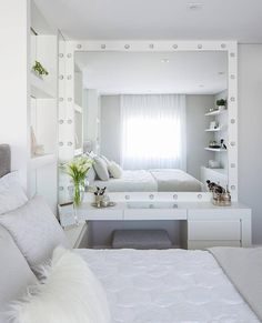 Bedroom Design Ideas – Create Your Own Private Sanctuary Room Ideas Bedroom, Teen Room Decor, Bedroom Sets, Home Bedroom, Bedroom Decor, Bedroom Mirrors, Master Bedrooms, Kids Bedroom, Aesthetic Room Decor