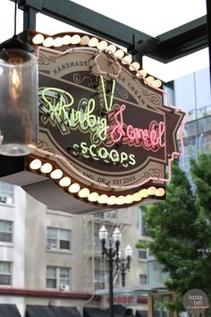 Taste and Tell's Guide to Where to eat in Portland, OR - Ruby Jewel Scoops