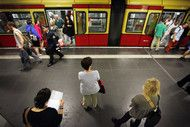 German Unemployment Rises a Third Month as Growth Slows.(October 30th 2013)