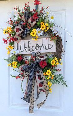 LadybugWreath , Farmhouse Decor,Red Wreath, Sunflower Wreath,Sassy Doors Wreath,Grapevine Wreath, Front Door Wreath, Welcome Wreath