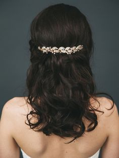 Gold Leaf Headpiece | Crystal and Pearl Wedding Hair Pin Accessories | Golden Vine Wedding Hair Comb [Gilded Ava Hair Vine]