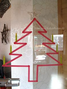 DIY masking tape christmas tree! by @Sarah Falter-Jakobs
