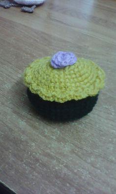 A small cap cake... yam
