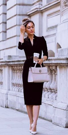 742e300167fa 40 Classy Business Casual Outfits for Women in their 30s