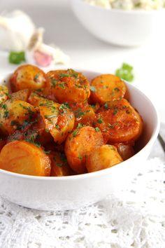 new potatoes parsley New Potatoes in Tomato Sauce