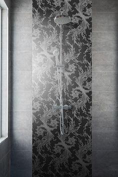 Royal Wallpaper for bath