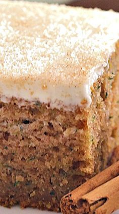 Cinnamon Zucchini Cake with Cream Cheese Frosting // Makes about 20 cupcakes. Frosting needs to be thickened (more powder sugar) for cupcake frosting. A delicious spiced zucchini cake topped with thick cream cheese frosting. Brownie Desserts, Just Desserts, Delicious Desserts, Dessert Recipes, Yummy Food, Frosting Recipes, Health Desserts, Coconut Dessert, Oreo Dessert