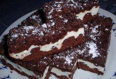 Drobenkový kakaový koláč s tvarohem - recept. Přečtěte si, jak jídlo správně připravit a jaké si nachystat suroviny. Vše najdete na webu Recepty.cz.