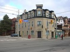 Royal Oak hotel - cute little hotel with teeny tiny rooms - about 1 km off of Yonge St on Dundas - easy walk - you need to be okay with small spaces to enjoy your stay here, neighbourhood is quirky