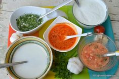 Retete de mujdei de usturoi - cum se face mujdeiul? Romanian Food, Tasty, Yummy Food, Spare Ribs, Vinaigrette, Palak Paneer, Cantaloupe, Side Dishes, Easy Meals