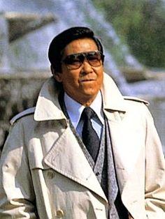Yujiro Ishihara 石原裕次郎 (1934 - 1987) Japanese Art, Trench, Mens Sunglasses, Handsome, Singer, Actors, Japan Art, Man Sunglasses, Men's Sunglasses