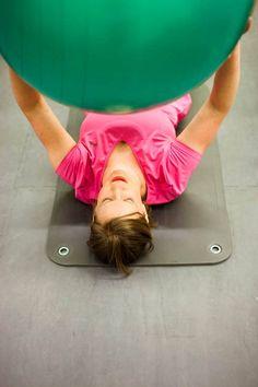 Kotiäiti Jenni Heiti päätti lopettaa selittelyt, ja aloittaa kuntokuurin. Tavoitteena on 10 kiloa 10 viikossa. Gym Equipment, Health Fitness, Exercise, Wings, Ejercicio, Excercise, Exercise Workouts, Workout Equipment, Health And Fitness