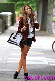 Wenn es um Denim kommt und Jeans gibt es alle Arten von Mode-Appears, die für Frauen im Laufe der Jahre zur Verfügung gestanden haben. fashion