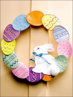 Paper Crafting - Home Decor Patterns Irresistible pastel eggs with faux icing decorate your wall or front door for a seasonal delight. wreath is decorated with 12 hand-crafted paper eggs and an adorable paper bunny. Easter Crafts For Toddlers, Toddler Crafts, Diy Osterschmuck, Paper Bunny, Diy Ostern, Diy Easter Decorations, Easter Crochet, Easter Wreaths, Holiday Crafts