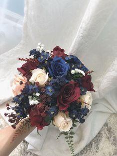 burgundy wedding Too good not to share: Burgundy Navy Blue Bouquet Wedding Flora Navy Blue Wedding Theme, Navy And Burgundy Wedding, Burgundy Wedding Flowers, Maroon Wedding, Fall Wedding Bouquets, Fall Wedding Colors, Wedding Flower Arrangements, Flower Bouquet Wedding, Bridal Bouquets