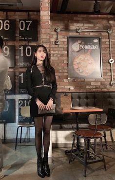 Luna Fashion, Kpop Fashion, Korean Fashion, Fashion Outfits, Korean Girl, Asian Girl, Nancy Drew Costume, Korean Celebrities, Kpop Outfits