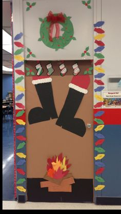 Christmas door! I'm becoming obsessed
