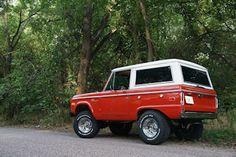 '76 Ford Bronco Sport