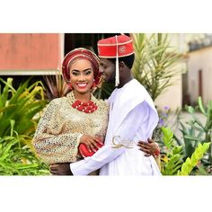 Hold me lest; I fall Congratulations to @Omololumakinde and hubby  by @chronicles_media #gidiweddings #weddingwelove #weddings #mua #nigeriaweddings #naijaweddings #photography #instalike #instagood #nigeria #lagoswedding #weddaily #weddings #lagoswedding