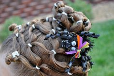 Princess Piggies: Halloween Hairdos: Spider Web