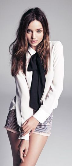"Miranda Kerr in a photo shoot for ""Mango"" Fall 2013. Via @babciazosia4496. #whiteshirt #MirandaKerr もっと見る"