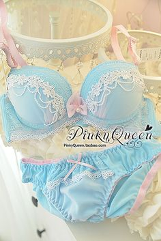 Pinkyqueen bra+panty set kawaii blue and pink lace. Need.