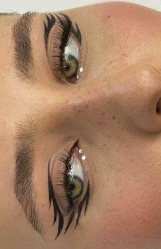 Edgy Makeup, Makeup Eye Looks, Eyeliner Looks, Grunge Makeup, Eye Makeup Art, No Eyeliner Makeup, Cute Makeup, Pretty Makeup, Skin Makeup