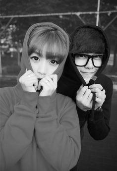 aigooo, cute!!! Korean Fashion Ulzzang, Korean Ulzzang, Young Couples, Cute Couples, Ballroom Dance Music, Taylor Swift Youtube, Nick Names For Boys, Asian Kids, Yours Lyrics