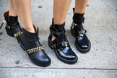 The perfect boot #boot #chain #streetstyle