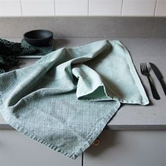 Polygon kitchen towels - mint (green) - By May