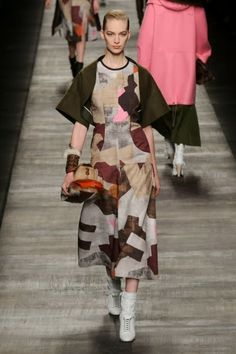 Fendi @ Milan Fashion Week winter 2014-15 - video