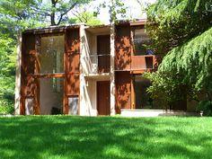 Completed 1961. Louis Kahn / Esherick House (Chestnut Hill, Philadelphia, Pennsylvania, USA)