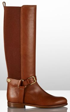 Ralph Lauren A/W Perfect-except for the pricetag(ouch)! Tall Boots, Snow Boots, Ugg Boots, Bootie Boots, Ankle Boots, Pretty Shoes, Beautiful Shoes, Look Fashion, Fashion Shoes