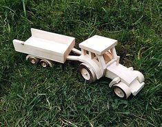 LadislavKurnota / Traktor s vlečkou Wooden Toys, Car, Tractor, Wooden Toy Plans, Wood Toys, Automobile, Woodworking Toys, Autos, Cars