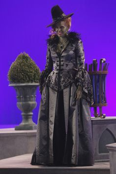 Wicked witch costume idea? Maybe we should be the wicked witch and evil queen @Caroline Fetzer