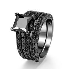 Princess Cut Vintage Black Gold Wedding Rings