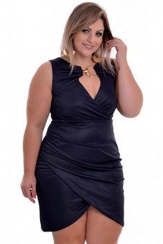 Vestido Plus Size Transpasse Dark