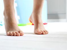 Les planchers chauffants offrent deux avantages majeurs: confort et réduction des coûts d'énergie. Sur quel revêtement installer un plancher chauffant? Qui peut l'installer? Quels matériaux utiliser pour le recouvrir? Quoi faire en cas de bris...