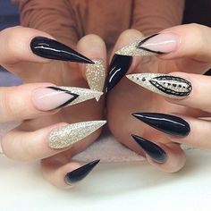 Nails By: Elin