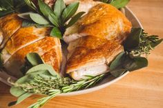 Cook sous vide turkey breasts with this simple recipe, and you'll wind up with juicy, succulent meat and crisp, golden-brown skin.