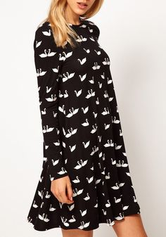 Black Swan Prints Pleated Above Knee Cotton Dress!