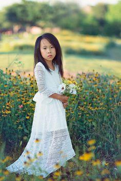 ee68e9da Boho Junior Bridesmaid White Lace Dress Bohemian Flower Girl Maxi Dress  Bell Sleeves Girl Toddler Tween Vintage Lace High Low Dresses Lana