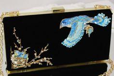 ye_fRjiyMqM_1 Gold Embroidery, Gold Work, Moose Art, Animals, Jewelry, Animales, Jewlery, Animaux, Jewerly