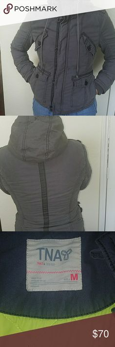 Aritzia tna jacket Super stylish and warm jacket by aritzia in excellent condition 2 front pockets Aritzia Jackets & Coats