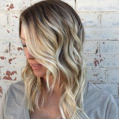 Blonde hair, balayage, blonde highlights, rooty blonde, lived in blonde, loose waves, hair