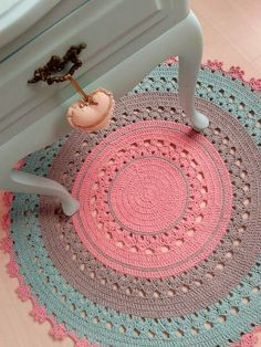 Cheap Carpet Runners For Hall Code: 7884750112 Crochet Doily Rug, Crochet Carpet, Crochet Afgans, Crochet Home, Love Crochet, Crochet Patterns, Shag Carpet, Beige Carpet, Diy Carpet
