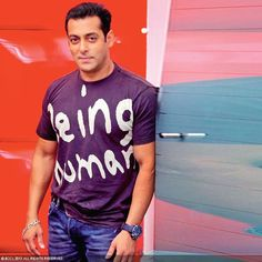 Salman Khan: Salman continues his dream run thanks to his film Mental with Sohail Khan, his whopping deal with Star Network, his 11 brand endorsements and the title of the most searched actor with 1.1 cr searches.