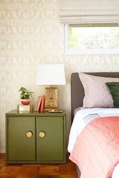 Knots (Gold) bedroom close up.