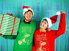 Christmas Dinosaur Sweater, Raptor Present For Ya Dinosaur Christmas Jumper, Funny Xmas Sweatshirt, Cute Elf Jumper, Adult Christmas Sweater Best Christmas Jumpers, Ugly Christmas Sweater, Dinosaur Sweater, Funny Xmas, Dinosaur Design, Crazy Outfits, Christmas Tree Toppers, Green Sweater