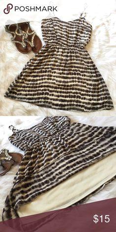 "Tye Dye Stripped Dress Black & Ivory tie-dye stripped spaghetti strap dress! Has elastic waist and lining. Made of 100% Polyester. Length 31"". Bust Width 17"". Waist Width 13"". Forever 21 Dresses Mini"